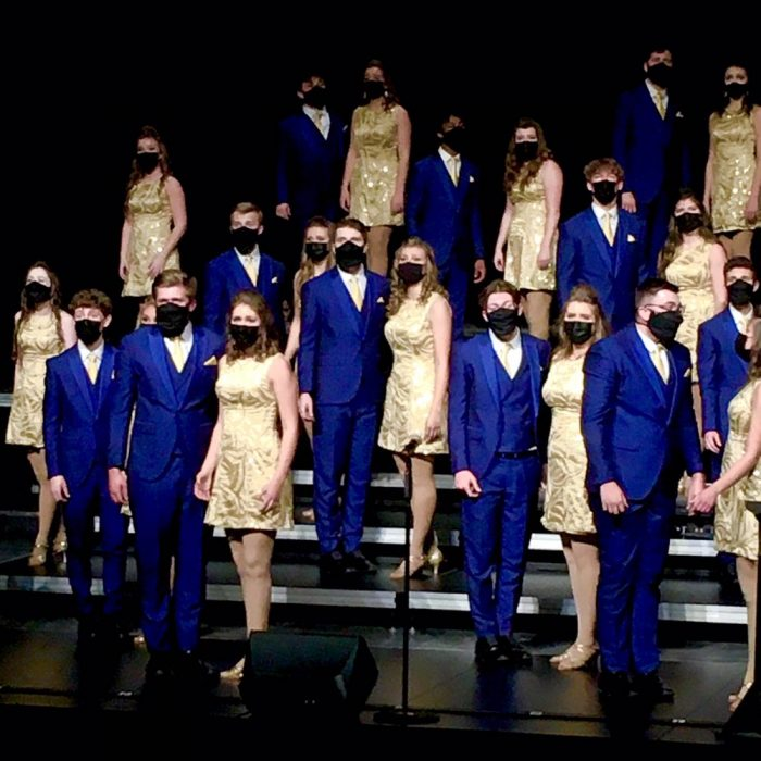 Show Choirs Dazzle at DMC Competition